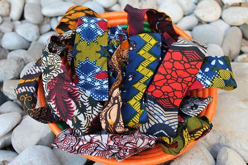 Handmade Ugandan Headbands Support African Families!