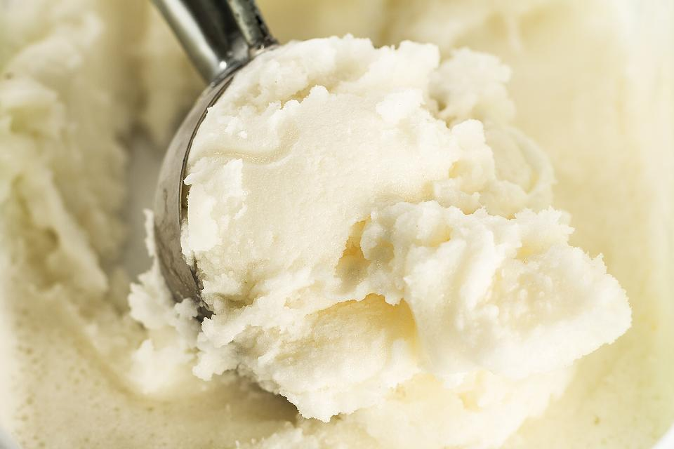 1-Minute Blender Ice Cream Recipe: This Easy Vanilla Ice Cream Recipe Has Just 4 Ingredients