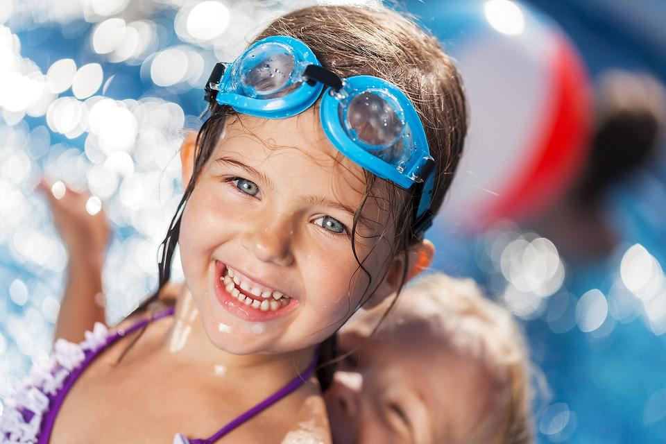 10 Pool Safety Tips Every Parent Needs to Read - Now!