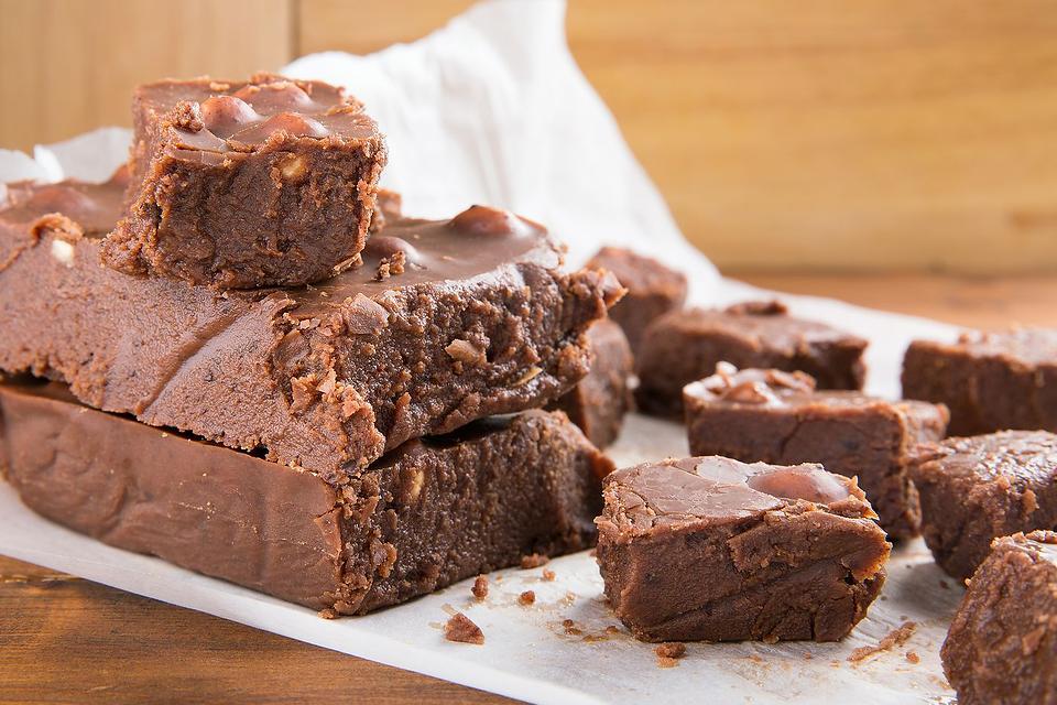2-Ingredient Fudge Recipe: This Delicious Chocolate Fudge Recipe Satisfies That Chocolate Craving Easily