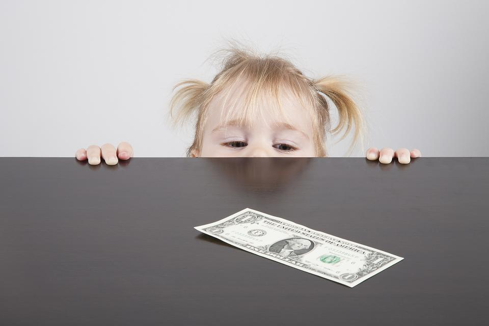 3 Clever Ways to Teach Your Preschooler About Earning & Saving Money!
