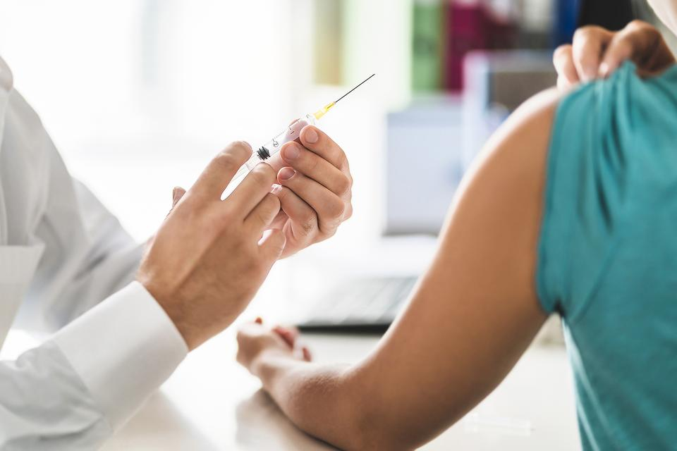 Flu Season Is Here: 4 Things You Need to Know if You Still Haven't Gotten Your Flu Shot