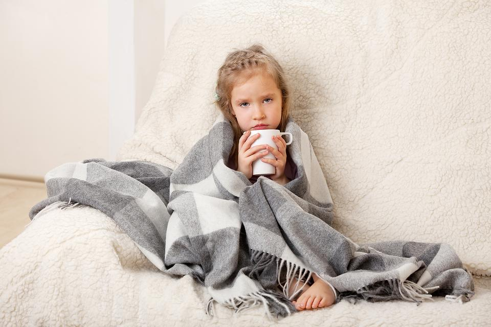 4 Tips to Help Your Child With a Stomach Bug Stay Hydrated!