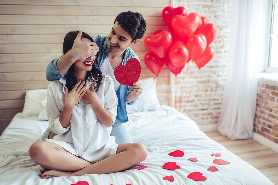 "Anti Valentine's Day? 5 Reasons Why More People Are Saying ""No Way"" to Valentine's Day"