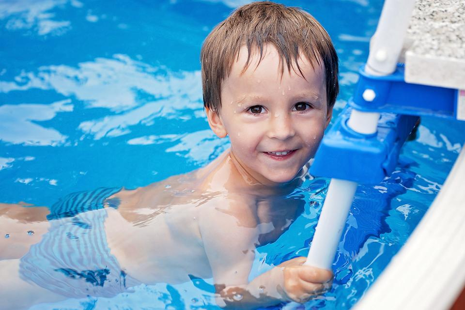 Learn to Swim: 5 Reasons Why Your Child Should Take Swimming Lessons NOW