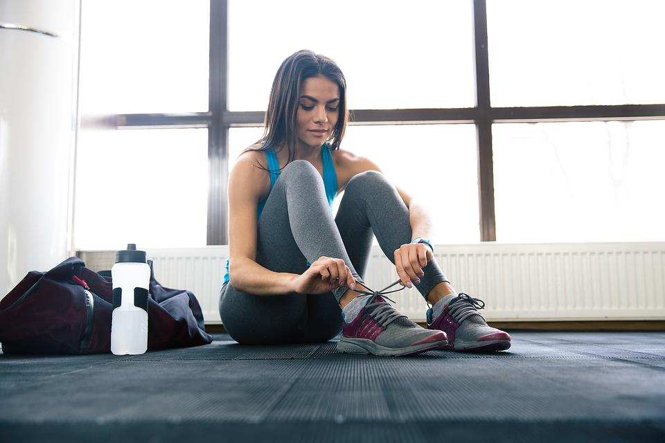 5 Things Everyone Should Have In Their Gym Bag Fitness