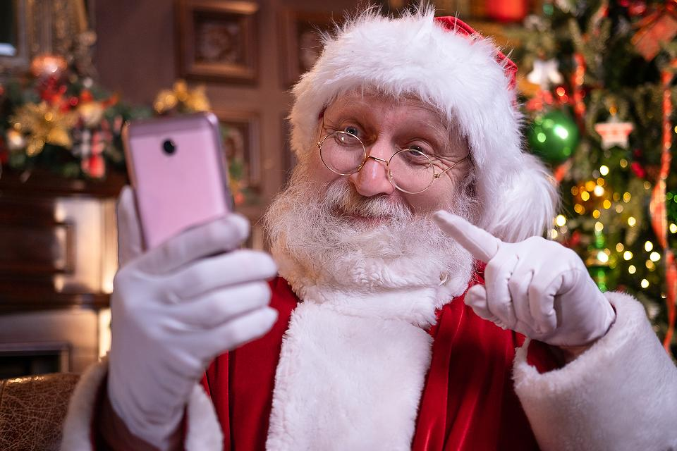 How to Text Santa: Add Some Magic to Your Socially Distanced Christmas