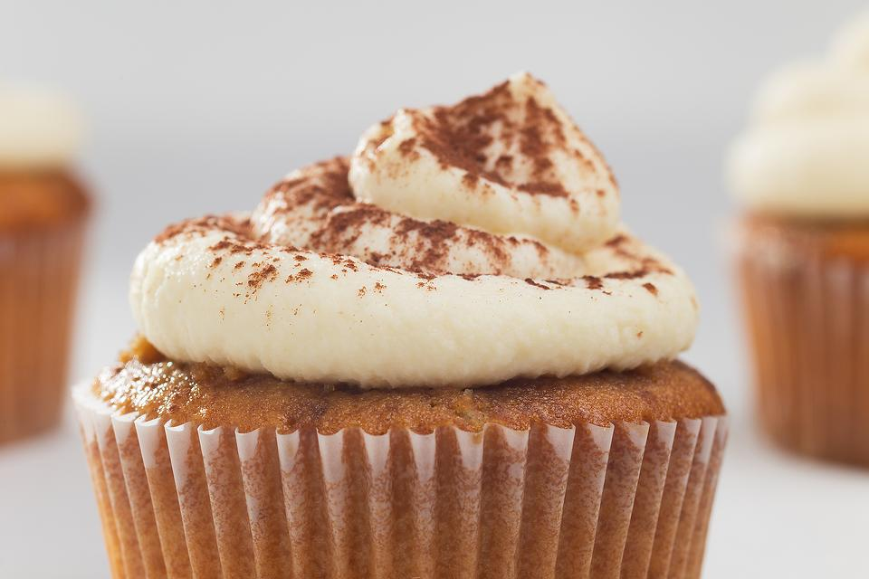 This Amaretto Cupcakes Recipe With Amaretto Frosting Is a Sweet Way to Put Your After-Dinner Drink Into Something Delicious