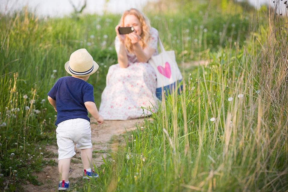 Are You the Mom That Doesn't Take Pictures of Her Kids? Read This!
