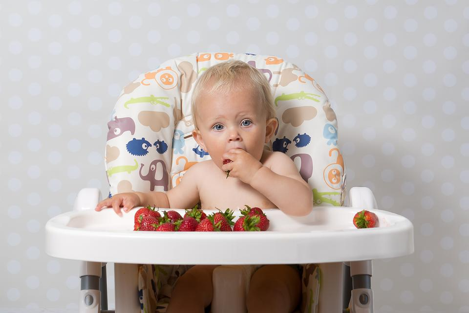 Are Strawberries, Peanuts & Shellfish an Allergy Risk to Your Baby?