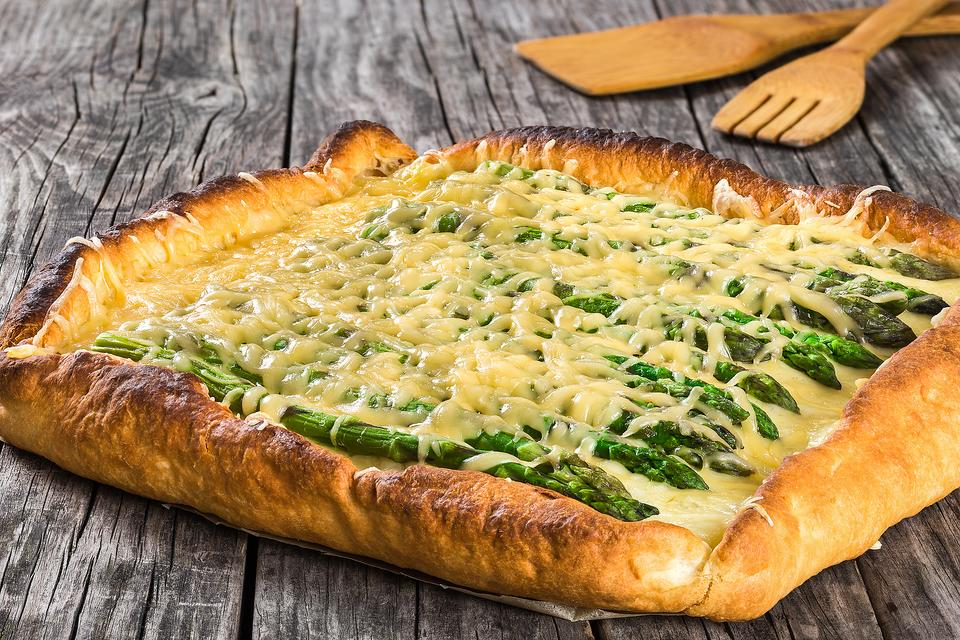 This Easy Asparagus Tart Recipe Is a Quick Appetizer, Lunch, Brunch or Vegetarian Dinner
