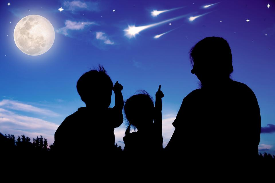 Star-Worthy Family Fun: How to Throw a Star Party for Family Night!