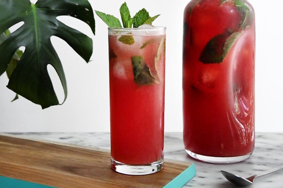 Atlanta Falcons Fan? How to Make a Fruity Falcon Vodka Lemonade Cocktail!
