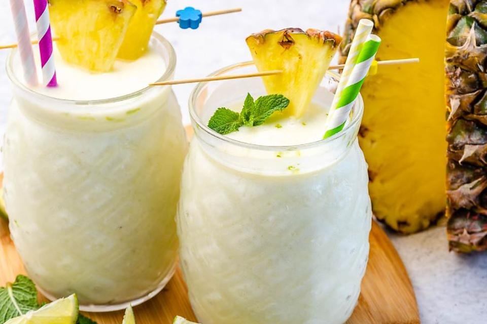 Avocado Piña Colada Recipe: Healthy, Creamy Avocado Piña Colada Mocktail Recipe