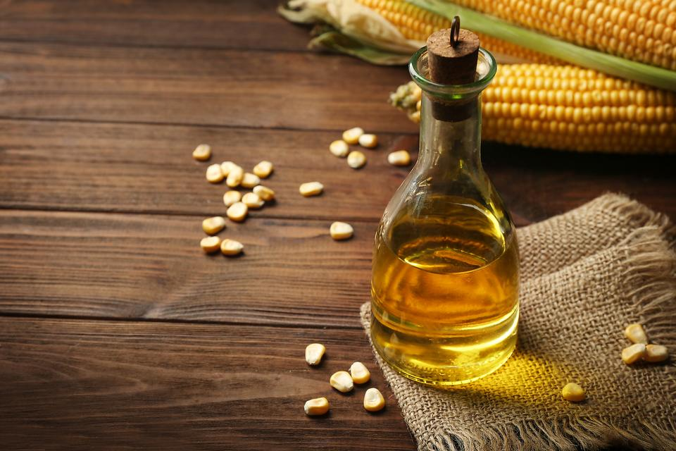 Avoid GMO Foods? Here Are 4 Cooking Oils You May Want to Stop Using!