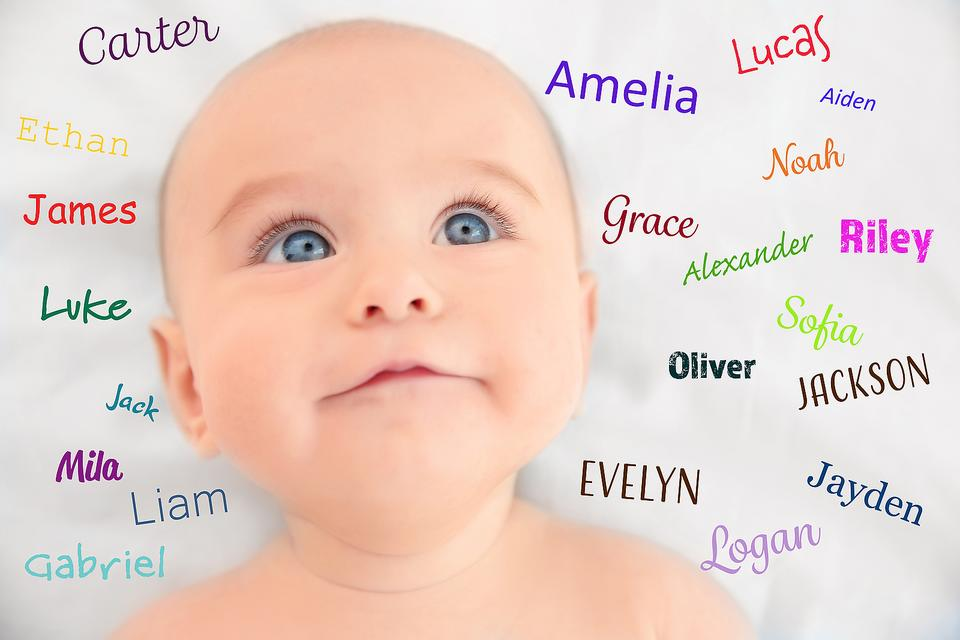 Baby Naming Mistakes: 7 Things Parents-to-be Should NOT Do When Choosing a Baby Name
