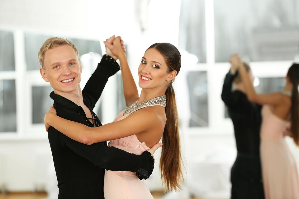 Ballroom Dancing: Here Are 6 Joys & Benefits of Dancing!