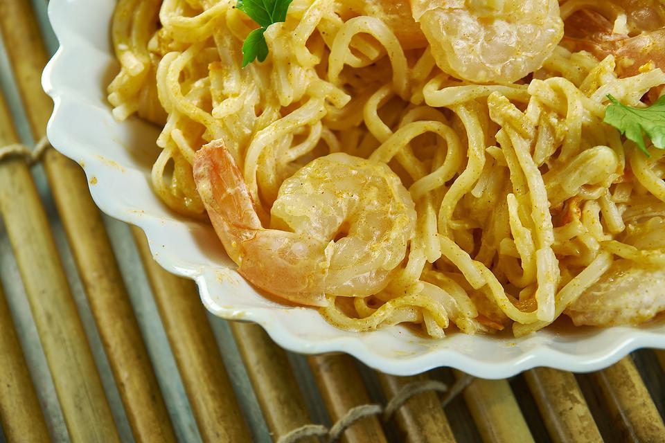 Bang Bang Shrimp Recipe: This Shrimp & Pasta Recipe Is Dang (Dang!) Good & Ready in About 20 Minutes