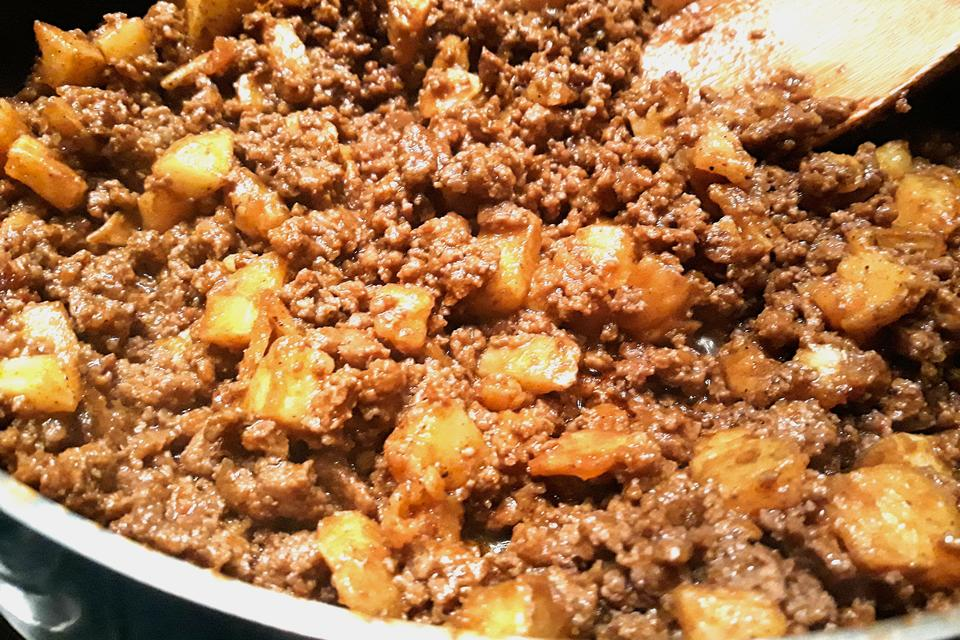 The Best Taco Recipes: This Beef & Potato Taco Meat Recipe Is What to Put Inside Your Taco Shells
