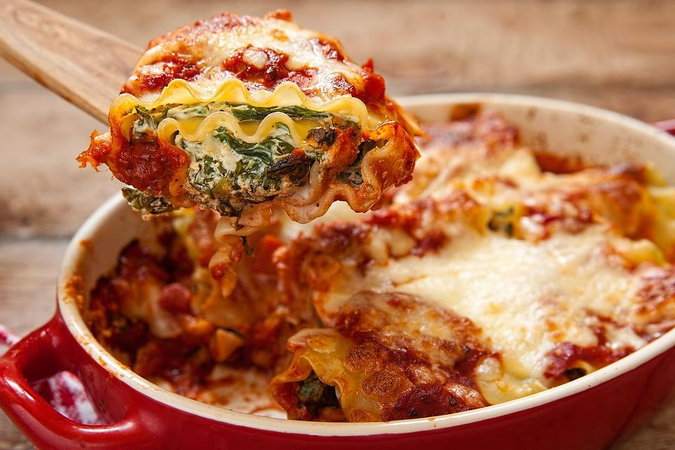 Bet You Can Make This Easy Lasagna Rolls Recipe in 20 Minutes (Ready, Set, Go!)