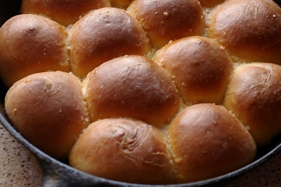 Buttermilk Parker House Rolls Recipe: This Cast Iron Skillet Dinner Roll Recipe Is the Way to Bake Rolls