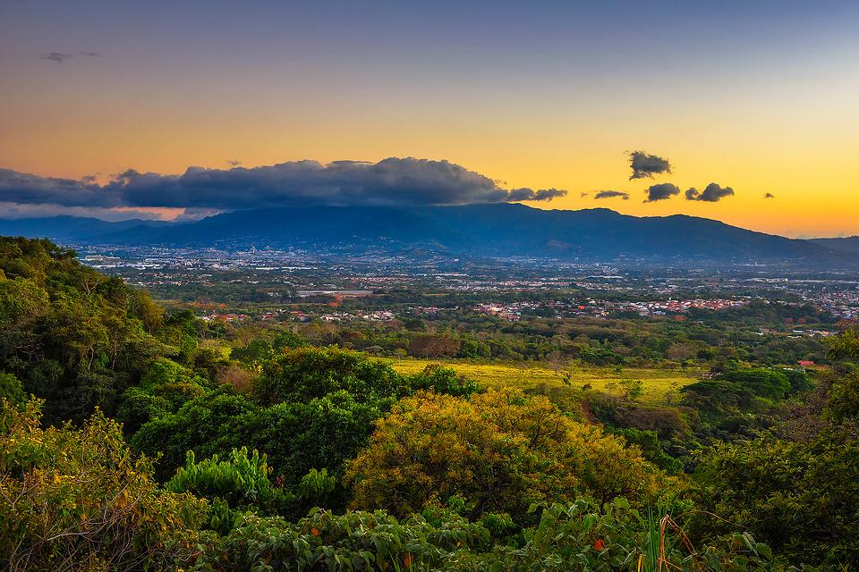 Buying Property in Costa Rica: How to Find the Best Resources & Guides When Buying Land or a Home in Costa Rica