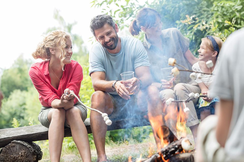 Camping Supplies: Don't Forget to Pack These 7 Things on Your Family Camping Trip