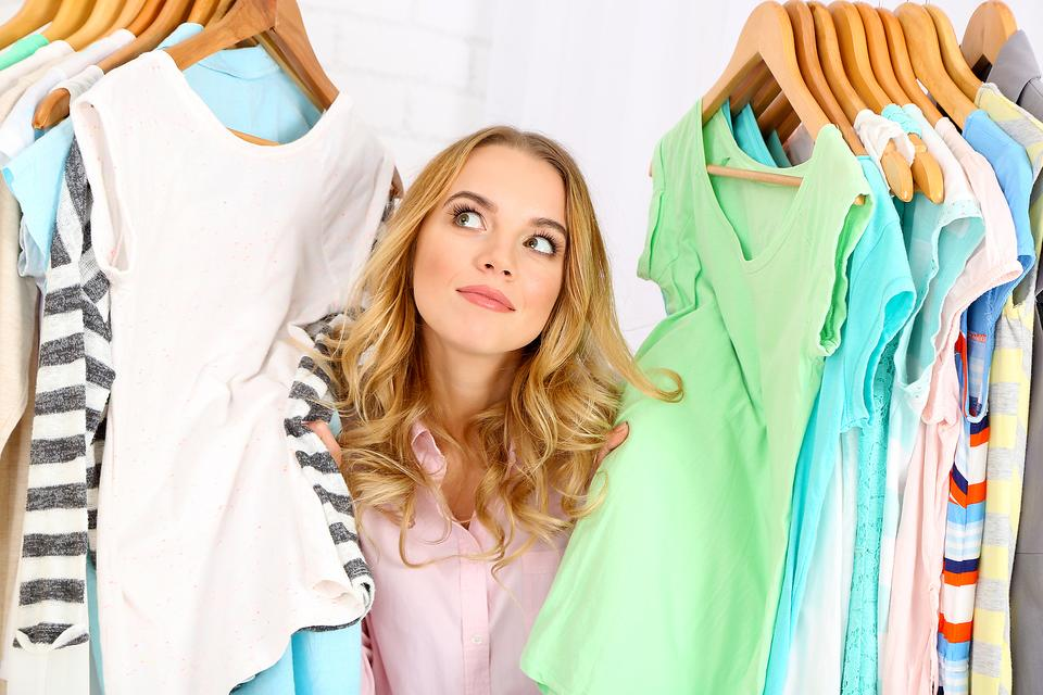 Can't Find Anything to Wear? 4 Tips to Help You Organize Your Closet!