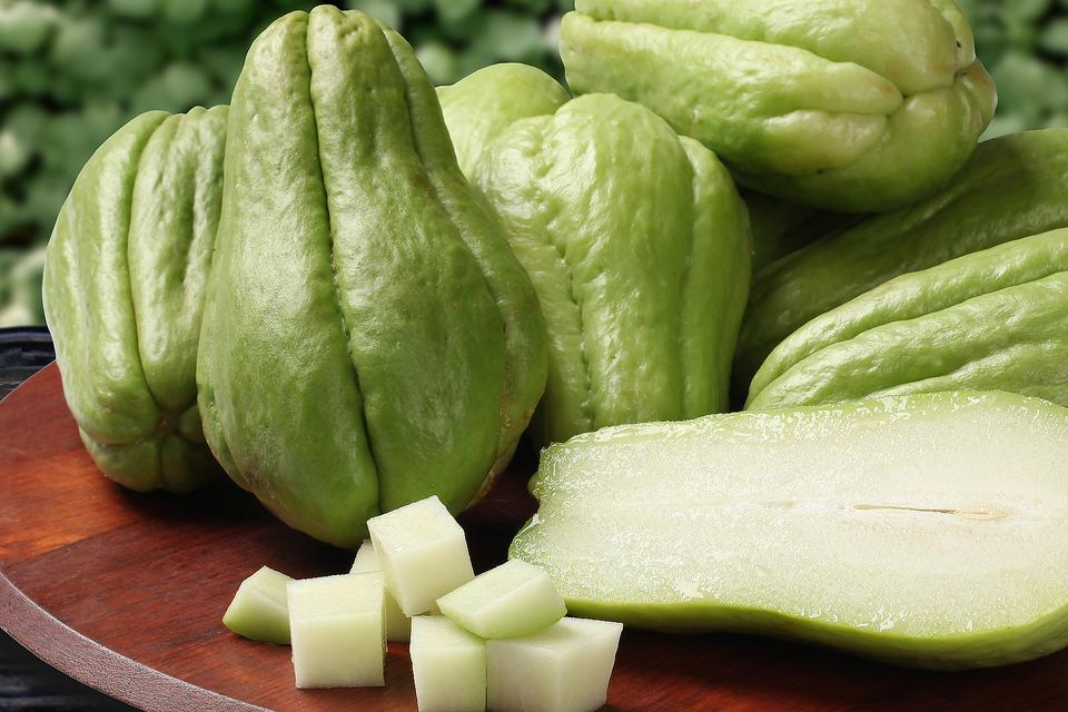 Chayote: Why This Superfood Should Be a Staple on Your Table!