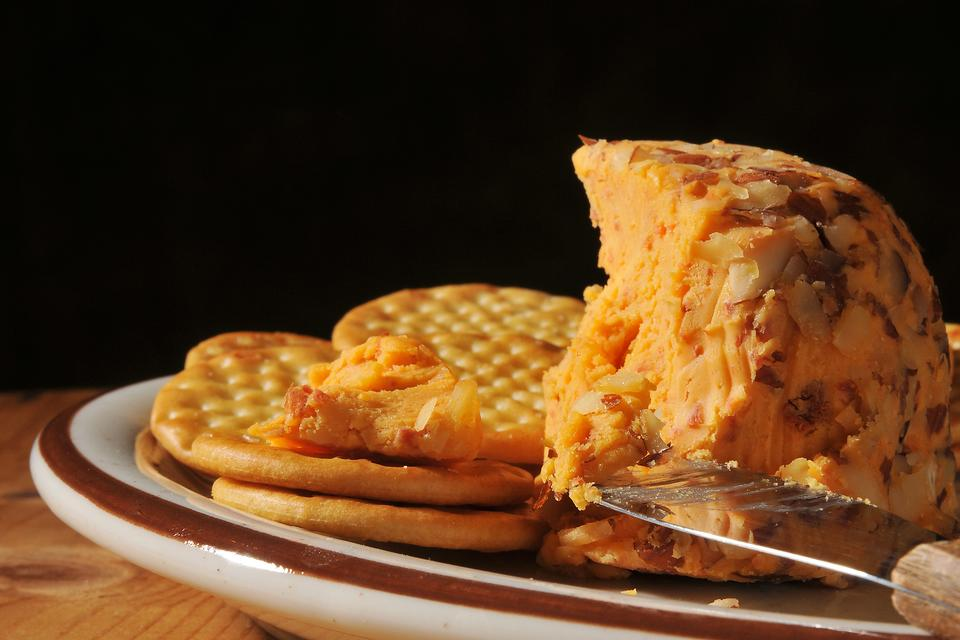 Cheddar Cheese Ball: A Simple Recipe for Quarantine Snacking