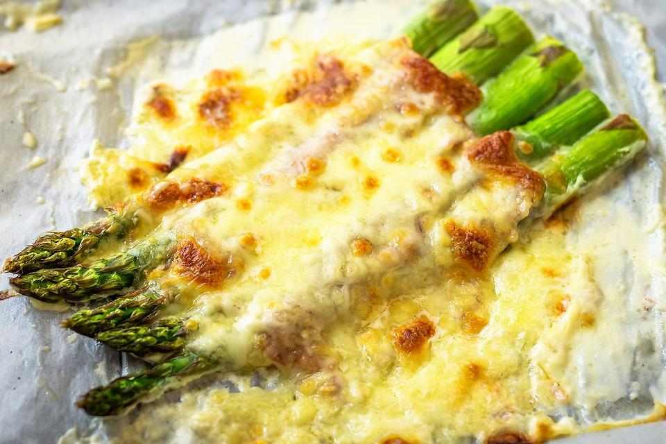Cheesy Baked Asparagus Recipe: This Cheese & Garlic Roasted Asparagus Recipe Is Plain Yum
