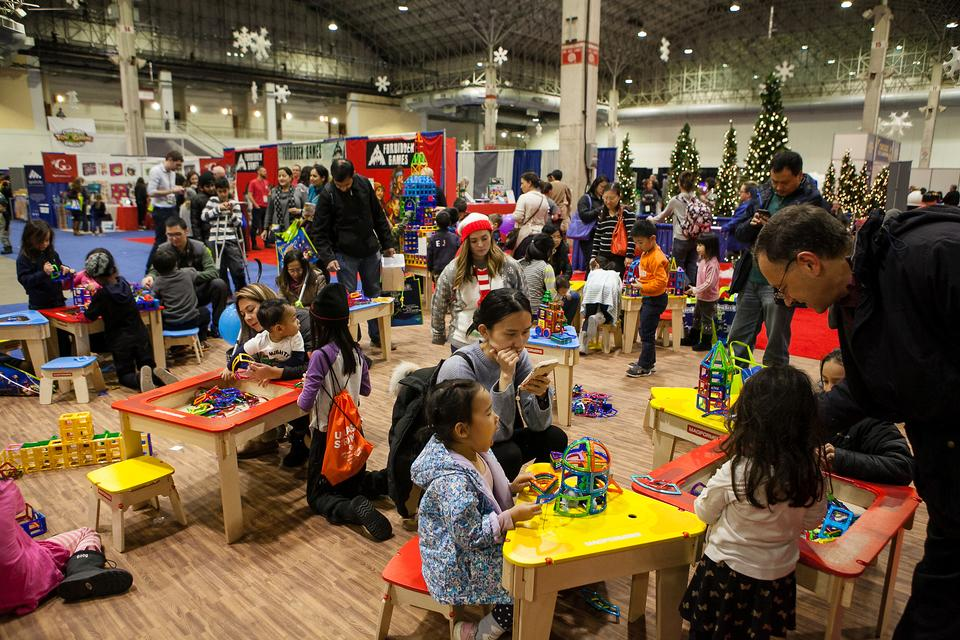Chicago Toy & Game Fair (CHITAG): Chicago's Original Play Experience for Families Kicks Off the 2019 Holiday Season at Navy Pier