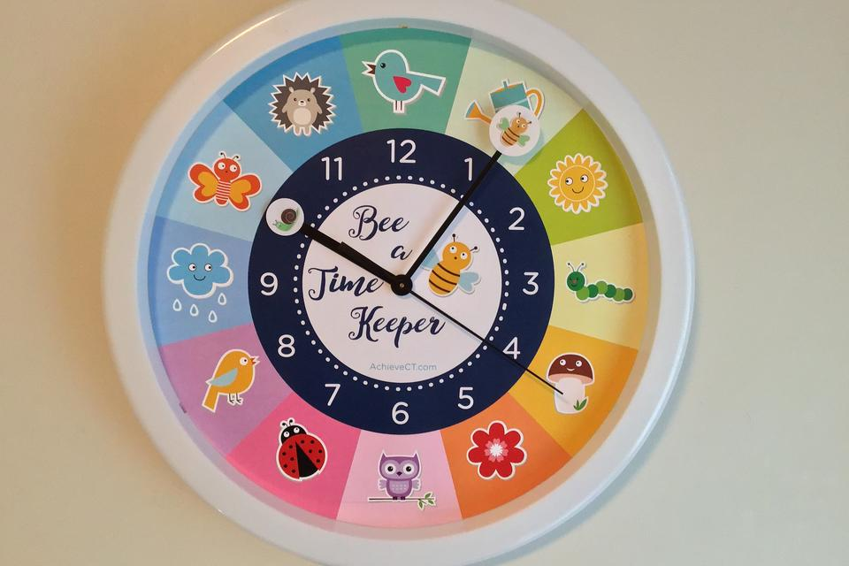 """Bee a Time Keeper"" Clock: A Kid-Friendly Way to Teach Children Time Management Skills!"