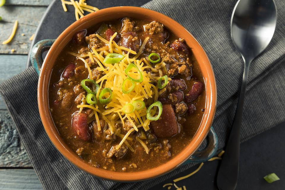 Super Bowl® Chili: How to Make ​Clark Bartram's Healthier Man-Pleasing Chili