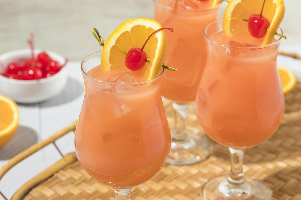 Hurricane Cocktail: Pat O'Brien Would Be Proud of This Fruity Cocktail Recipe!