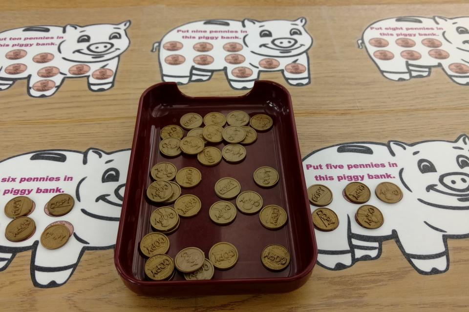 This Counting & Sorting Money Activity Helps Kids Learn About Money & Math