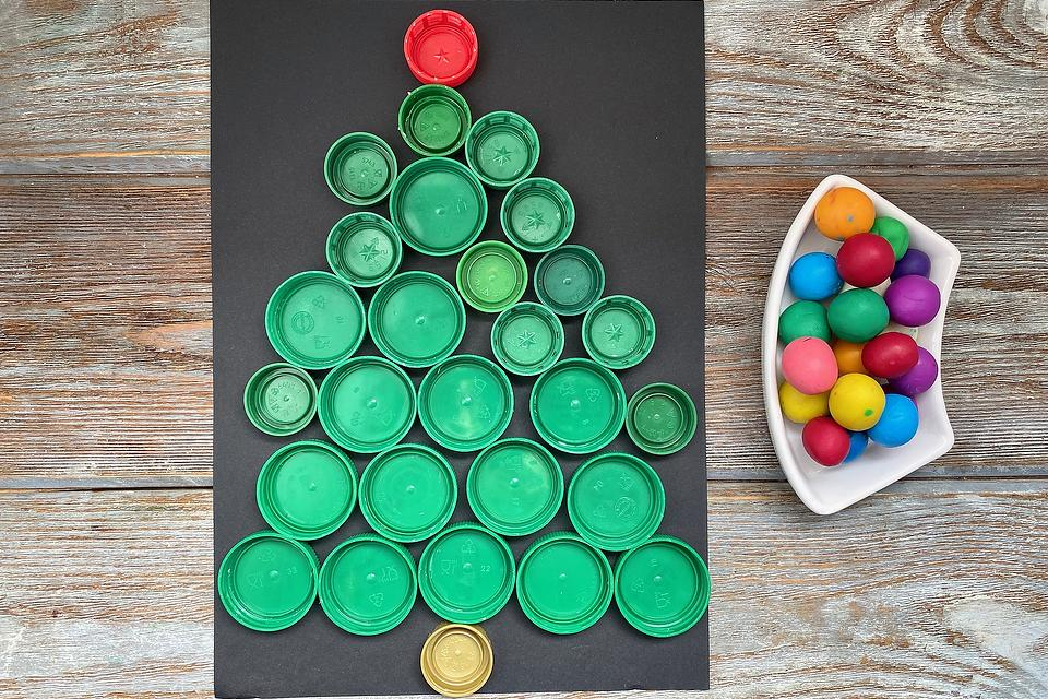 Recycle Crafts for Kids: How to Make a Christmas Tree Out of Plastic Lids
