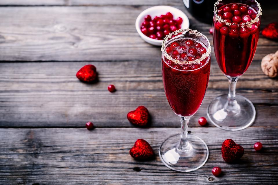 Toast Valentine's Day Weekend With This Tart & Bubbly Champagne Cranberry Cocktail
