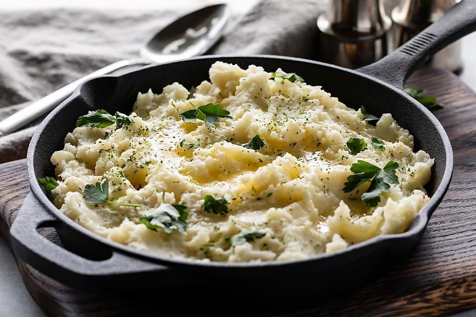 Creamy Amish Potatoes Recipe: This 3-Ingredient Amish Skillet Potato Recipe Will Make You Rethink Potatoes