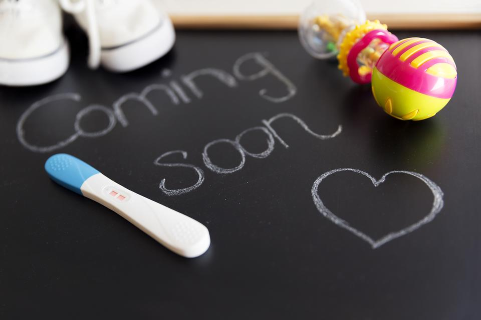creative meaningful ways to announce your pregnancy to family