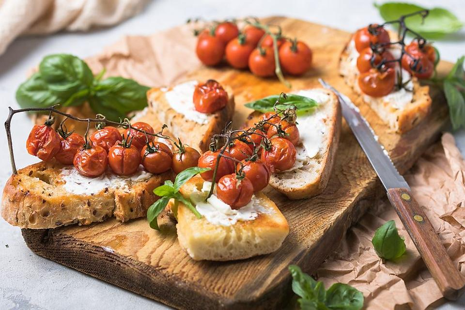 Scrumptious Crostini Recipe With Sweet Roasted Cherry Tomatoes On the Vine