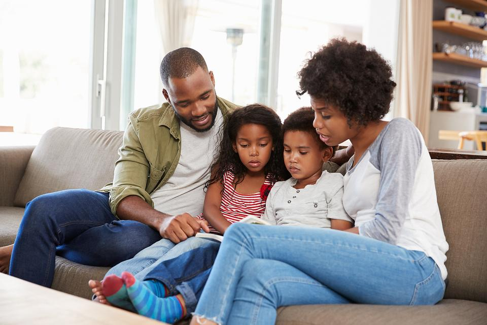 Daily Devotional With Kids: 5 Ways a Devotional Helps Support & Connect Families
