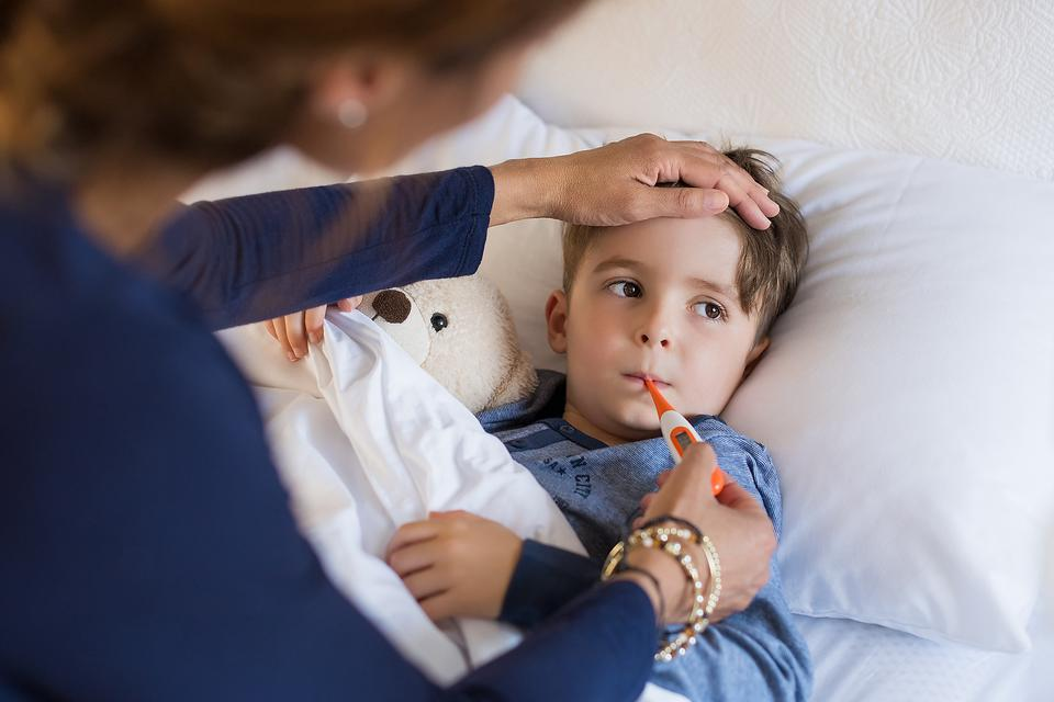 Does Your Child Have Mumps? 3 Early Symptoms to Look For!