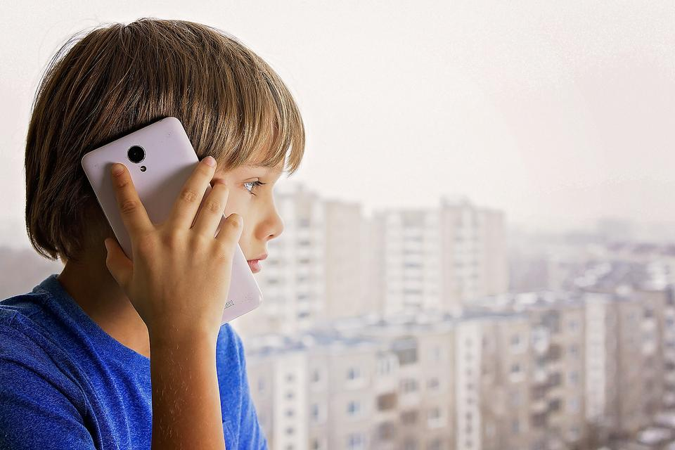 Back-to-School Safety: Do Your Kids Really Know How to Call 911? 5 Ways to Make Sure They Do