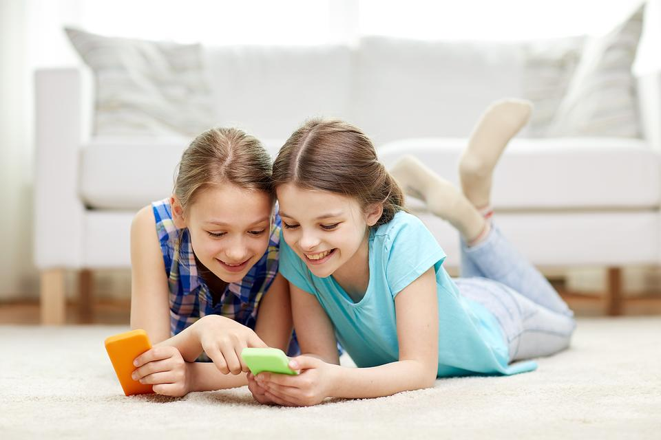 Does Your Kid Use Instagram? Here's a Safety Tip You Need to Read!