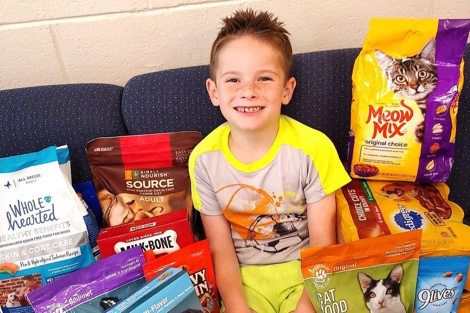 Donations for Birthdays Instead of Gifts: How One Little Boy Is Giving Back to His Community
