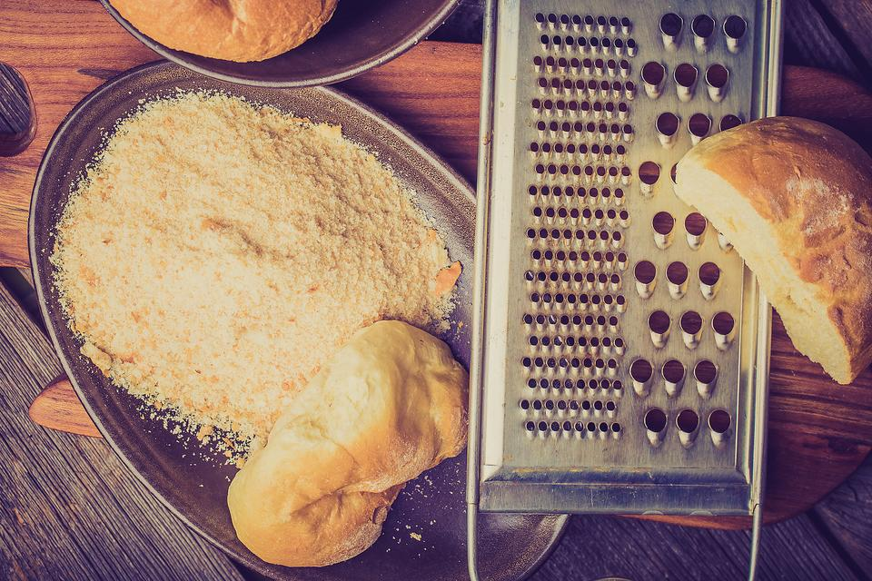 Don't Buy Bread Crumbs: Use This Cooking Hack to Save Time & Money!