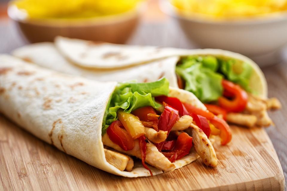 Easy Chicken Fajitas Recipe: This Oven-Baked Chicken Fajitas Recipe Makes Eating Healthy More Delicious