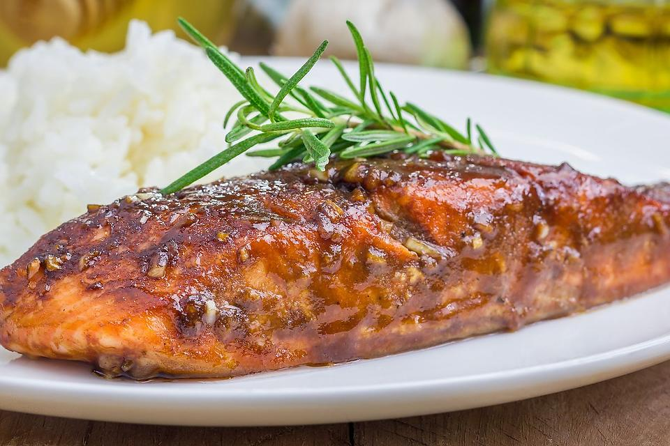 Easy Salmon Recipes: This Balsamic-Glazed Salmon Recipe Is Quick & Heart Healthy