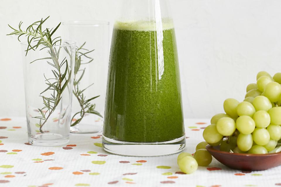 It's Time to Focus: How to Make a Green Juice Focus Potion!